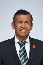 7. Drs. Suhadi SW, M.Si
